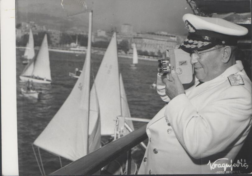 Jugoslavenska eskadra na čelu s Galebom isplovila je 1954. za Indiju i Burmu: Tito na Galebu